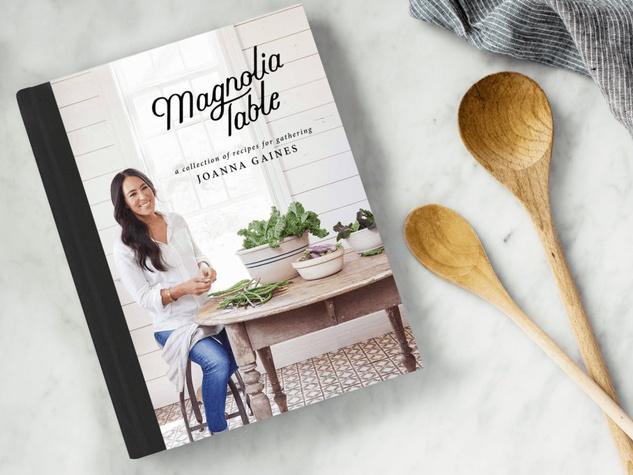 Magnolia-Table-cookbook_144436.jpg