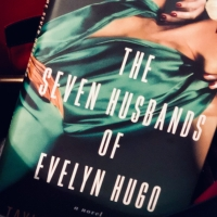 The Seven Husbands of Evelyn Hugo   Book Review